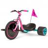 Značková driftovací tříkolka od Madd Gear. S touto tříkolkou se můžeš  prohánět ulicemi s maximálním driftováním.